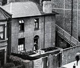 Urania Cottage. Kilde: Wikimedia Commons